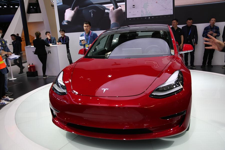 特斯拉电池技术突破性进展 成本降低密度增大