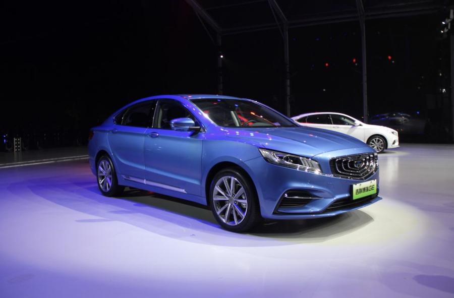 自动驾驶车亮相 腾讯发布车联TAI汽车智能系统