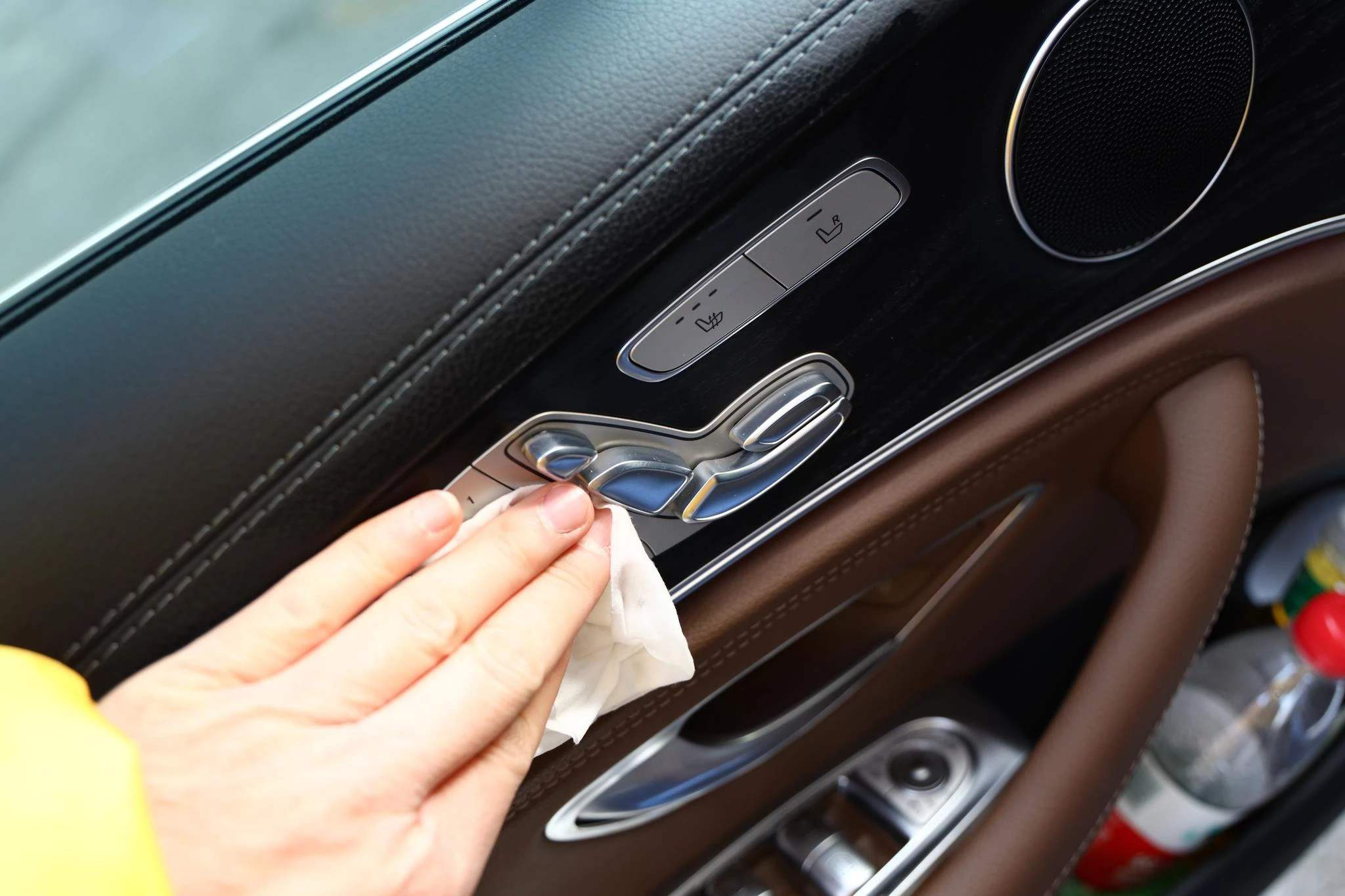 還沒到放松警惕的時候!疫情之下汽車車內消毒如何做?
