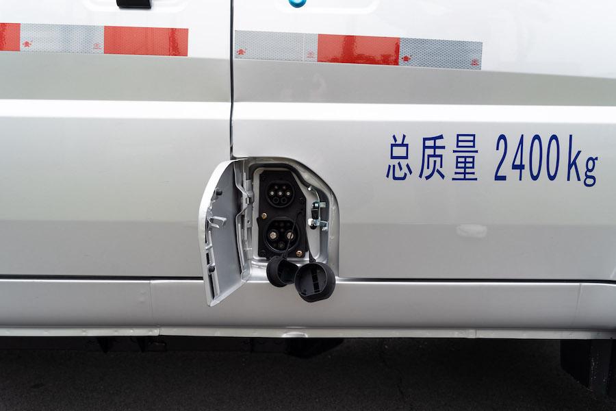 五菱荣光电动车将于4月中下旬上市 续航达300公里