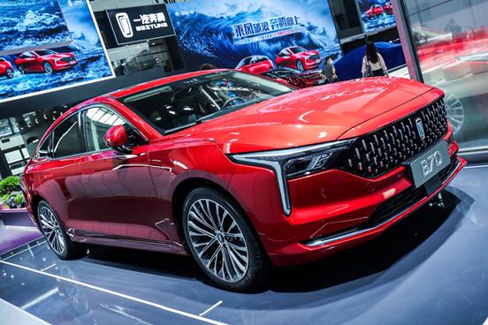一汽奔腾进军新能源市场,奔腾E01北京车展正式上市
