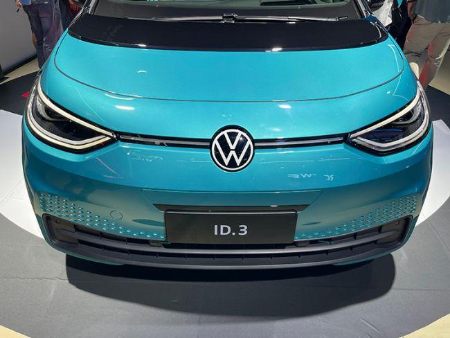 明确与特斯拉抢市场 大众计划2025年成全球最大电动汽车销售商