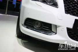 铃木-凯泽西(进口)-2.4L两驱豪华导航版