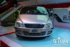 众泰汽车-众泰M300