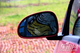 奇瑞汽车-风云2-两厢 1.5L 手动锐意版