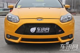 福特-福克斯(进口)-2.0T ST 橙色版