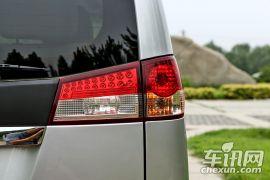 郑州日产-帅客-改款 1.6L 手动豪华型7座 国V
