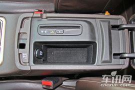 Jeep-大切诺基-3.6L 旗舰尊耀版