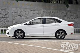 广汽本田-锋范 1.5L CVT豪华科技版