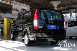 福建奔驰-威霆-3.0L 商务版  ¥38.9