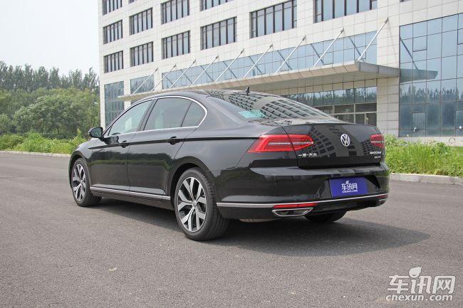 车身尺寸方面,国产全新迈腾的长宽高分别为4866/1832/1464mm.