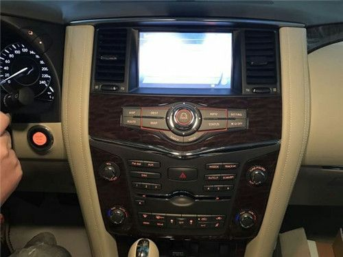 中东日产尼桑途乐顶级四驱日产SUV全能选手