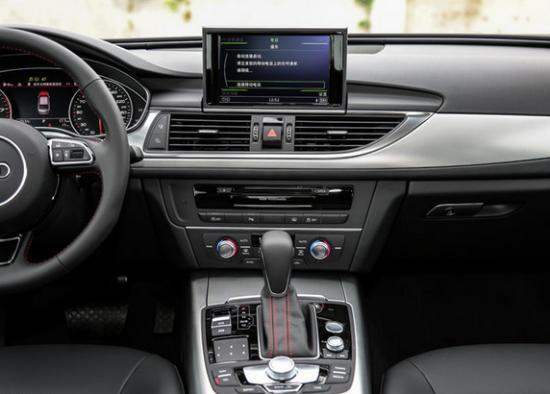 2017款奥迪A6L1.8T油耗低 动力好 奥迪全系
