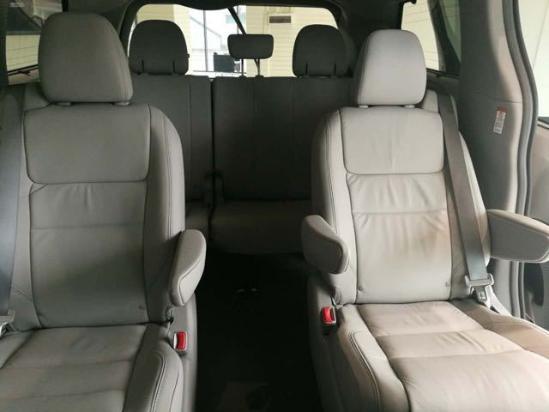2017款丰田塞纳报价平行进口车优惠大降价