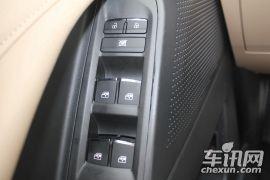 上汽大通-上汽大通D90-2.0T 手动两驱基础版