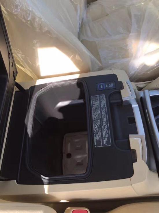2017款丰田酷路泽4000 进口中东版批发价格