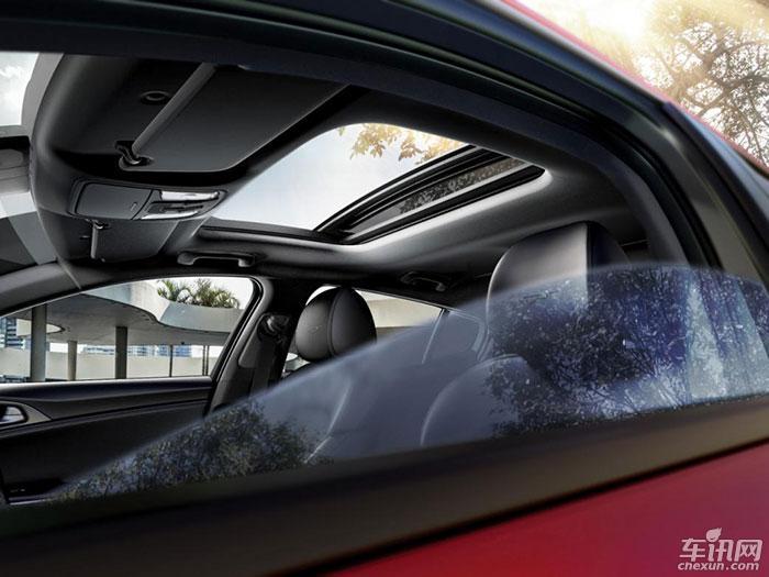 起亚高性能轿跑Stinger广州车展首发上市