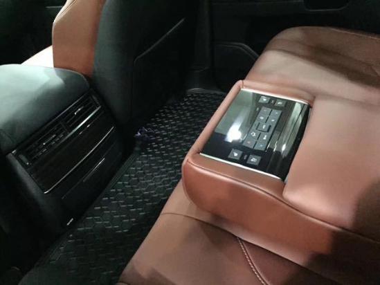 17款雷克萨斯LX570加版冬季特惠150万全国各地可分期