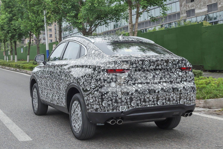 长安将推出全能轿跑跨界车型 或命名CS85