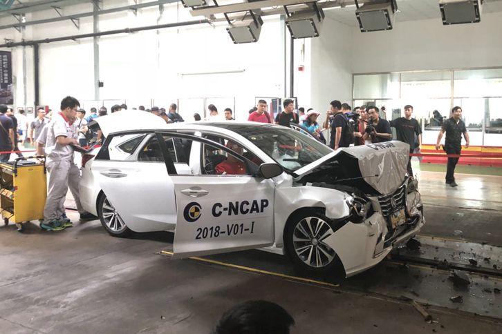 睿骋CC完成国内首次去除车身覆盖件碰撞试验