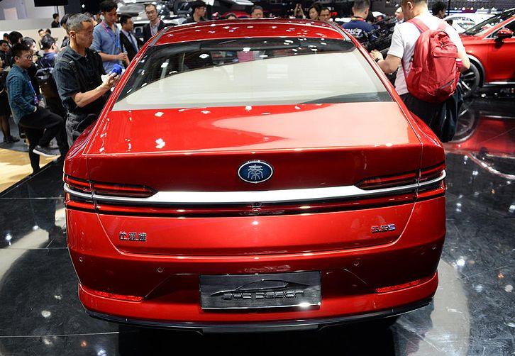 比亚迪秦Pro开启预售 自动挡车型10万元起