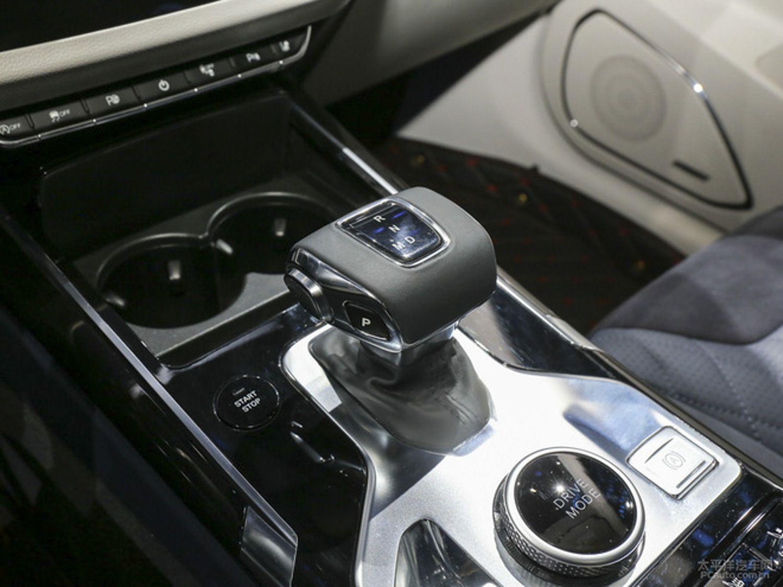 红旗旗下全新中型SUV HS5预售20-27万元