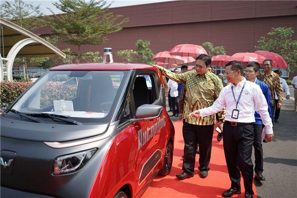 上汽通用五菱印尼公司还带领16家国内供应商一起造船出海