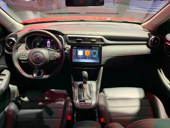 搭載L2自動駕駛,起售價7.58萬,名爵ZS動力配置全面升級