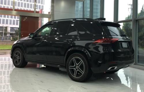2020款奔驰GLE450店内现车AMG包围运动激进