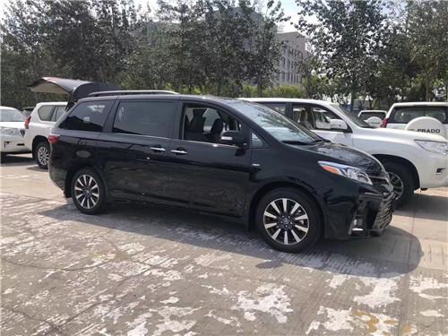 2020款丰田塞纳优惠10万出口产商政车投减价