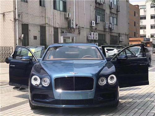 2019款宾利飞驰V8S 天津港最低售价220万