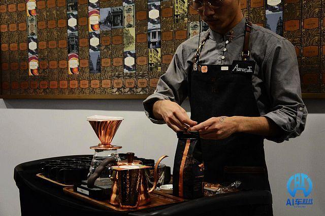 天津天宝MINI举办圣诞咖啡品鉴活动