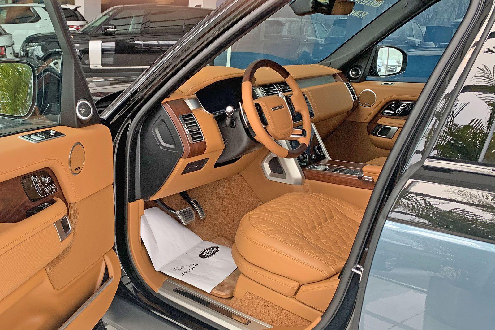 富豪座驾 700Nm V8增压动力 路虎揽胜SVA巅峰创世加长版