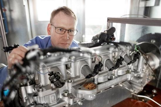 在DTM赛车场上获得的经验和知识将用于舍弗勒量产产品开发中,如UniAir全可变气门控制系统