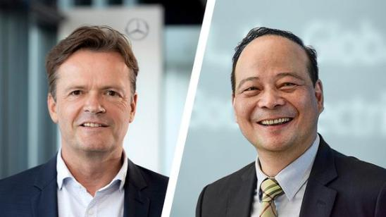 Left- Markus Schafer, Member of the Board of Management of Daimler AG and Mercedes-Benz AG; Right-Dr. Robin Zeng, Founder, Chairman and CEO of CATL