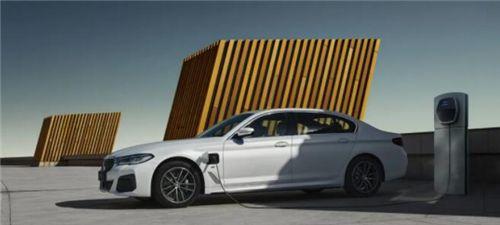 创新先锋,引领新潮 新BMW 5系Li携25项高价值标准配置焕新上市