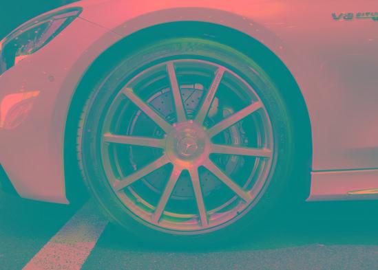 奔驰AMGS63L两门轿跑报价 白色现车底价甩全国