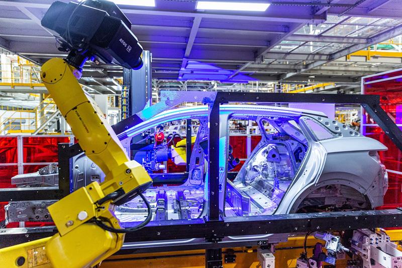 探秘上汽大众新能源工厂:未来智造孵化基地
