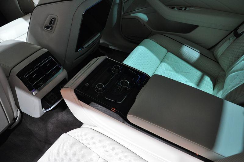上汽大众大众品牌在2020广州车展亮出3张名片